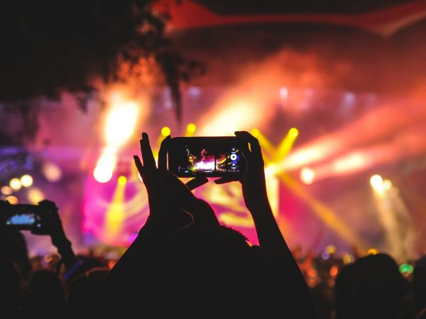 phone video social Media